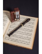 Fúvós hangszerek, trombiták, szaxofonok, fuvolák, furulyák, klarinétok széles választéka a Hangszertár hangszer webáruházban